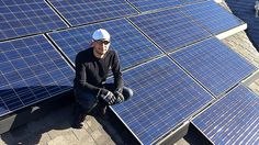 Solar energy jobs double in 5 years The number of solar jobs in the U.S. has more than doubled in five years. In fact, there are more people working in solar now than at oil rigs and in gas fields.