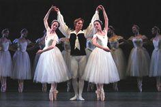 Julie Kent, Maxim Beloserkovsky & Maria Ricetto in Les Sylphides