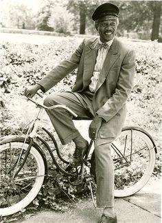 Celebrities on Bikes: Morgan Freeman is enjoying his bike in 1989