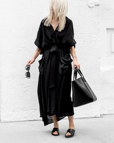 10.3 тыс. отметок «Нравится», 133 комментариев — Figtny (@figtny) в Instagram: «Black on Black on Black... ➰ New @magalipascal maxi dress on repeat 👉🏻 Latest on figtny.com…»