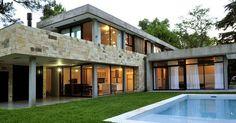 VSL House / Vanguarda Architects (Parque Leloir, Pcia. Buenos Aires, Argentina) #architecture