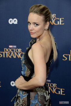 Rachel McAdams Sexy Boom 'Doctor Strange' Screening in London Hollywood Celebrities, Hollywood Actresses, Rachel Macadams, Rachel Mcadams Hot, The Time Traveler's Wife, The Family Stone, Canadian Actresses, Portrait Shots, Hot Blondes