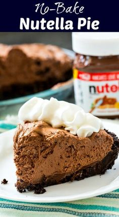 No Bake Nutella Pie is part of Nutella dessert Postres - No Bake Nutella Pie has an oreo crust and a super creamy filling made with just 3 ingredients An easy make ahead dessert! Easy Potluck Desserts, No Bake Desserts, Delicious Desserts, Yummy Food, Holiday Desserts, Healthy Desserts, Christmas Recipes, Healthy Food, Nutella Pie