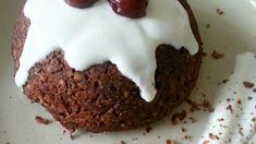 Banánovo-čerešňový mugcake (hrnčekový koláč) Brownies, Mugs, Cake, Desserts, Food, Cake Brownies, Tailgate Desserts, Deserts, Tumblers