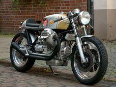 Moto Guzzi Motorcycles, Vintage Motorcycles, Custom Motorcycles, Suzuki Cafe Racer, Cafe Racer Build, Cafe Bike, Cafe Racer Bikes, Guzzi V7, Scooters