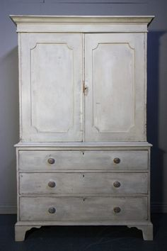 Regency Antique Painted Pine Cupboard/Linen Press - Antiques Atlas