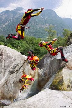 Let's go canyoning...