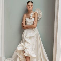 Inspired by the glamour and intrigue of a masked ball, Francesca Miranda's Spring 2020 bridal collection features details that are high on Wedding Dress Types, Popular Wedding Dresses, Wedding Dress Trends, Bridal Wedding Dresses, Bridal Style, Lace Wedding, Wedding Rings, Beautiful Bridal Dresses, Beautiful Gowns