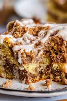 Köstliche Desserts, Delicious Desserts, Dessert Recipes, Yummy Food, Coffee Cake Muffins, Moist Coffee Cake Recipe, Coffe Cake, Sour Cream Coffee Cake, Buttermilk Coffee Cake