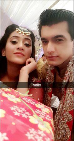 Mohsin snapchat update so adorable shivin ❤❤❤ kaira ❤ shivin ❤ @khan_mohsinkhan  @shivangijoshi18 Kartik And Naira, Mohsin Khan, Hai, Girl Pictures, Cute Couples, Snapchat, Stars, Clothing Ideas, Drama