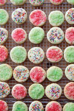 Pin for Later: 55 of the Easiest Dessert Recipes Out There Chewy Sugar Cookies Get the recipe: chewy sugar cookies. Chewy Sugar Cookie Recipe, Easy Sugar Cookies, Yummy Cookies, Holiday Cookie Recipes, Holiday Cookies, Holiday Baking, Holiday Foods, Christmas Baking, Baking Recipes