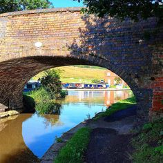 https://flic.kr/p/wv1yYo | Lovely spot for a jog! #upsticksandgo #canals #nuneaton #exploring #travelgram #instagood #instatravel #instatourist #joggingspot #michfrost #exploring #exercise #gettingout