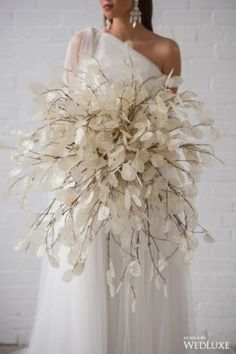 Dried Flowers Bouquet Bridal Shower Backdrop Ideas Preserving Flowers In Wax Dried Hyacinth Flowers Church Wedding Flowers, Wedding Flower Guide, Bridal Flowers, Bouquet En Cascade, Dried Flower Bouquet, Dried Flowers, Boho Wedding, Floral Wedding, Wedding Colors