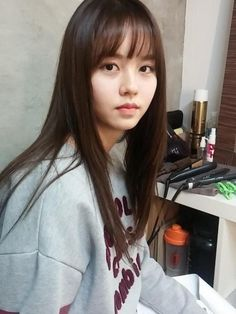 Kim So Hyun Kim So Hyun Fashion, Korean Fashion, Cute Korean, Korean Girl, Korean Style, Korean Beauty, Asian Beauty, Women's Beauty, Beauty Girls