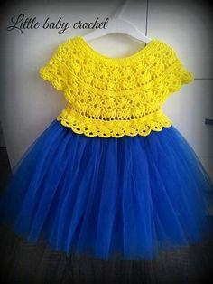 22 Super Ideas For Baby Dress Design Fabrics Baby Girl Crochet, Crochet Baby Clothes, Crochet For Kids, Baby Patterns, Dress Patterns, Crochet Tutu Dress, Tulle Dress, Vestidos Bebe Crochet, Fabric Tutu