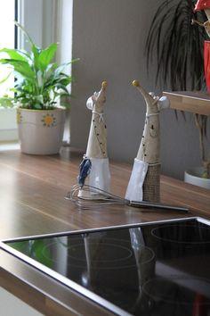 Hallo, hier schaut die Maus aus dem Beet. Klein, frech aber süß...  JETZT wird's warm am Herd...die Köche kommen. Beet kann, muss aber nicht. Macht sich auch gern am Kamin oder in der Küche am...