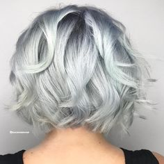 You know I love me a platinum bob 🕸🕸 Bleached with Blonde AF and 🕸 Colored with shades Platinum Bob, Platinum Blonde Hair Color, Silver Toner, Redken Shades, Hair Color Techniques, Let Your Hair Down, Down Hairstyles, Hair Makeup, Hair Beauty