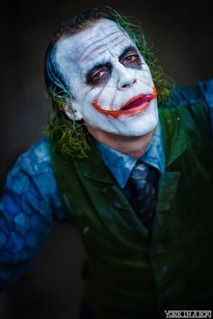 """This Heath Ledger Joker cosplay is one of the best Joker cosplay I've seen. The resemblance between this guy and the main villain from """"The Dark Knight"""" is so close, it's kind of unsettling. Photography by York in a Box. Model and Costume: Jesse Oliva Joker Batman, Heath Ledger Joker, Batman Joker Wallpaper, Joker Y Harley Quinn, Joker Iphone Wallpaper, Joker Wallpapers, Iphone Wallpapers, Cosplay Del Joker, Best Cosplay"""