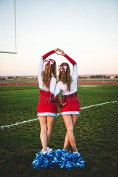 Cheerleading, cheer, senior portraits, friend pictures, friend photos, cheerleading buddy picture, cheer friend photo, Colorado cheerleading portrait, Weld Central, High School Seniors, Colorado senior photographer, Taylor Nicole Photography by chiniitOs14