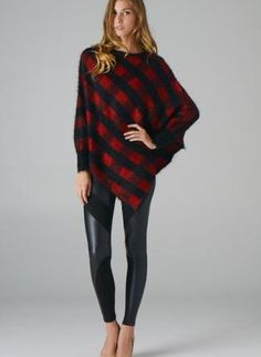 Black and Red Checkered Poncho,  Sweater, plaid pattern  poncho, Casual