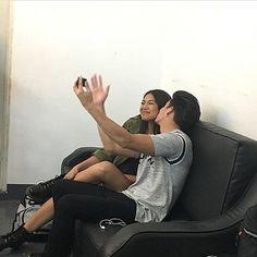 "Aku kembali 👋 Jadi ternyata sebenernya mereka juga suka selfie cuma yg di post itu cuma foto2 yang highlight aja bagi mereka. Kenapa? Ya karena mereka bukan pasangan alay yg suka post foto2 alay 🙈 #JaDine #onthewingsoflove RepostBy @elites.eniidaj: ""💏 when two people are so inlove, they cant help but keep each other always around. #JamesReid #NadineLustre #JaDine 📷glendyliciouz"""