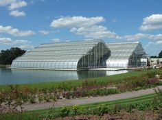 Image from http://upload.wikimedia.org/wikipedia/commons/0/0a/RHSGlasshouse.JPG.