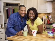 TV chefs Pat & Gina Neely share the perfect recipes to help you spice things up in the kitchen and the bedroom! (click pic to get recipes) Food Network Star, Food Network Recipes, Chef Recipes, Wine Recipes, Fast Recipes, Seafood Recipes, Delicious Recipes, I Look To You, Tv Chefs