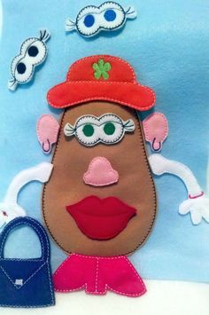 AFTER CHRISTMAS Mrs Potato head felt mat game by itsthesmallthings