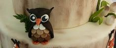 How to make a fondant Owl # gruffalo owl # woodland owl Fondant Owl, Fondant Icing, Cake Decorating Tutorials, Cookie Decorating, Decorating Cakes, Cake Decorations, Decorating Ideas, Dexter Cake, Gruffalo Party