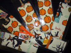 Asun, Arts and Crafts Arts And Crafts, Halloween, Ribbons, Book, Fabrics, Colors, Manualidades, Craft Items, Halloween Labels