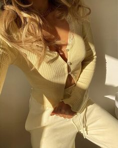Get the sweater for at Topshop UK - Wheretoget Yellow Aesthetic Pastel, Aesthetic Colors, Pastel Yellow, Mellow Yellow, Aesthetic Clothes, Outfits Con Camisa, Summer Outfits, Casual Outfits, Swag Outfits