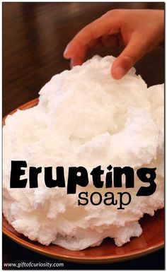Erupting soap {STEAM activity for kids} Put a bar of Ivory soap into the microwave and observe what happens with this quick and fun STEM/STEAM activity for kids. Fun for all ages! Science Experiments For Preschoolers, Science Projects For Kids, Science Crafts, Cool Science Experiments, Science For Kids, Science Party, Earth Science, Elementary Science, Science Classroom