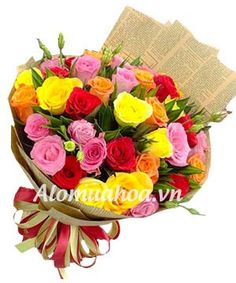 BÓ HOA HỒNG KẾT HỢP NHIỀU MÀU SẮC ĐẸP RỰC RỠ ALOMUAHOA.VN - Dịch vụ giao hoa tận nơi 24/7 - Nguồn hoa gốc từ ĐÀ LẠT - HOTLINE: 0966872529