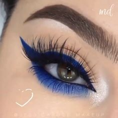 Gorgeous Blue Eye Makup Tutorial - SHANY 'Fix Me Up' Makeup Kit Grand total of 36 matte or pearl finish eye shadows Eight lip col - Eye Makeup Steps, Makeup Eye Looks, Eye Makeup Art, Blue Eye Makeup, Eyebrow Makeup, Makeup Kit, Makeup Guide, Makeup Primer, Makeup Eyes