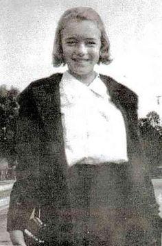 Norma Jean Mortensen / 1935_NJ_01_1 (Marilyn)