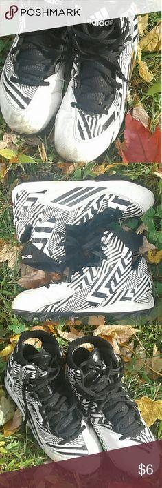 ☆ADIDAS Boy's (Youth) TECH-FIT Cleats☆ ADIDAS Boy's (Youth) TECH-FIT Football Cleats!  Used for 1/2 of a Flag Football Season!  ..Still a Quality Cleat adidas Shoes
