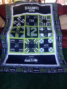 Seattle Seahawks quilt for a neighbor as a thank you. Fun to do. I snitched… Seahawks Gear, Seahawks Fans, Seahawks Football, Seattle Seahawks, Denver Broncos, Football Team, Football Quilt, Sports Quilts, Boy Quilts