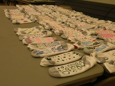 Students made no-skid socks for local nursing home residents and seniors - SERVICE LEARNING Nursing Home Crafts, Nursing Home Activities, Senior Activities, Nursing Homes, Spring Activities, Daily Activities, Physical Activities, Service Projects For Kids, Community Service Projects