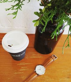 BUT FIRST ☕ . . . . . #coffee #weekendvibes #saturday #coffeelover #morningcoffee #wakeup #coffeegram #almondcappuccino #nz #loverosie #timepiece #watchlove #armcandy #brandnew #silverwhitebrown #supreme #aroma #aylagracetimepiece