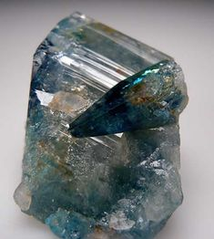 Euclase in Lost Hope Mine, Mwami, Karoi, Zimbabwe Cool Rocks, Beautiful Rocks, Minerals And Gemstones, Rocks And Minerals, Stones And Crystals, Natural Crystals, Rock Collection, Mineral Stone, Rocks And Gems