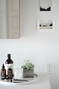 See a modern bathroom renovation, complete with Kohler. Bathroom Interior, Modern Bathroom, Small Bathroom, Bathroom Canvas, Bathroom Tray, Minimal Bathroom, Bathroom Photos, Bathroom Plants, Bathroom Trends