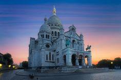 Basilique du Sacré Coeur bathed in twilight ©Julien FROMENTIN/Getty Images