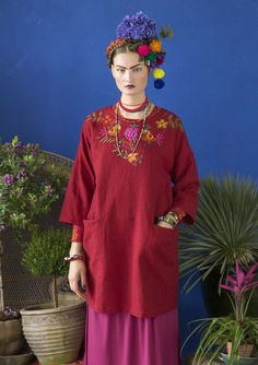 Inspiration Frida Kahlo – Gudrun Sjödén – Swedish design with a green soul / online. Check out bird embroidery on back