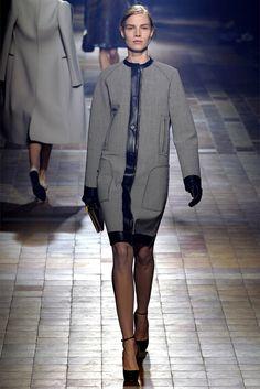 Sfilata Lanvin Paris - Collezioni Autunno Inverno 2013-14 - Vogue