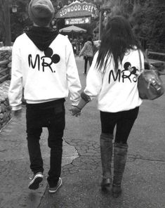 Cute Couple (cute,boyfriend,girlfriend,love,couple,black and white)