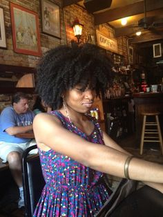 Natural hair - the twist out groove! Don't you just love it when your hair turns out in a perfect braidout or twistout!
