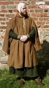 gardecorps with deliberately simplified design.Male gardecorps with deliberately simplified design. Medieval Party, Medieval Costume, Medieval Dress, Medieval Fashion, Medieval Clothing, Historical Costume, Historical Clothing, 15th Century Clothing, Robin Hood