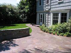 Flagstone patio idea