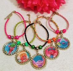 10 Pcs Trolls Poppy Lether multicolor Bracelets by getparty