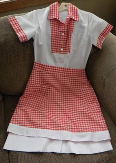Retro Rockabilly Waitress Diner Uniform Dress with Matching Gingham Apron. Grace and Elma. Maybe yellow with blue Gingham for Elma and something older for Grace. My immediate thought is DOROTHY Vintage Diner, Retro Diner, American Diner, Uniform Dress, Holiday Side Dishes, Retro Dress, Vintage Fashion, 1950s Party, Costumes